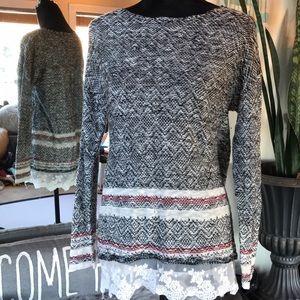 🍂5/$25🍂 Lace trim Knit top